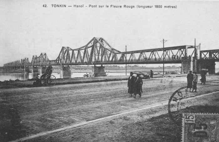 Cầu Long Biên xưa - ảnh chụp Hà nội đầu thế kỷ 20