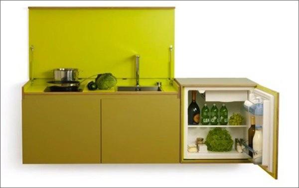 Một thiết kế bếp mini gồm 1 bếp nấu, 1 bồn rửa, tủ lạnh và khoang lưu trữ.
