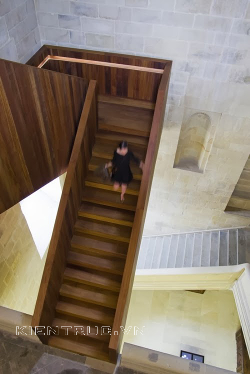 30_Wooden_Types_of_Stairs_for_Modern_Home_on_world_of_architecture_10