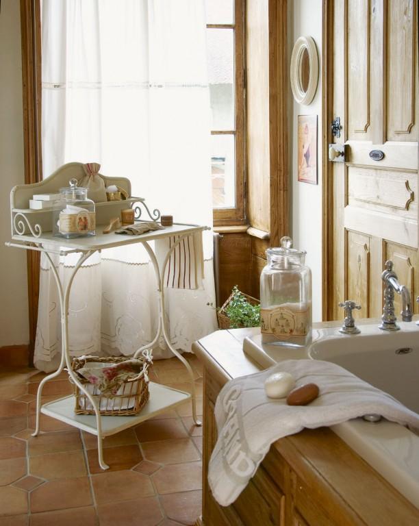 Nội thất phòng tắm phong cách Pháp đẹp
