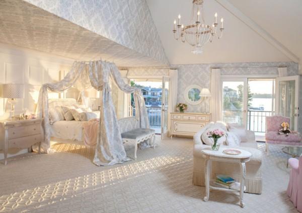 Căn phòng ngủ kiểu công chúa dành riêng cho bé gái