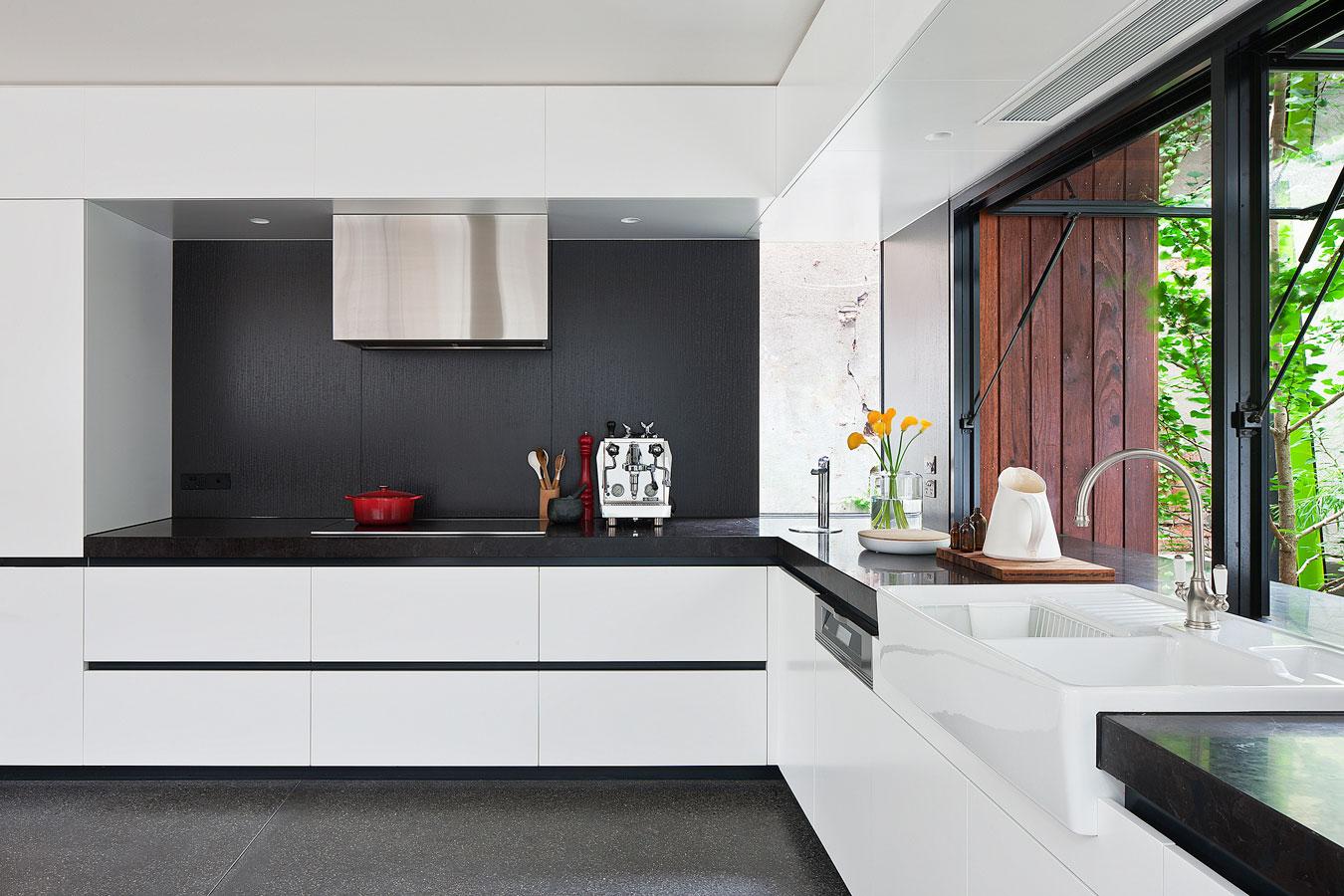 Wedo thiết kế nội thất nhà bếp đẹp và tiện nghi