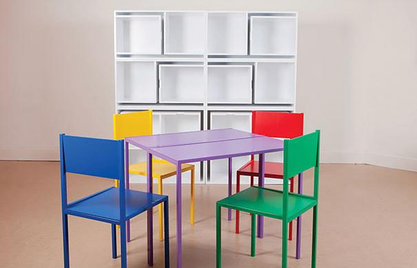 Wedo thiết kế bàn ghế đơn giản và kệ cho nhà nhỏ