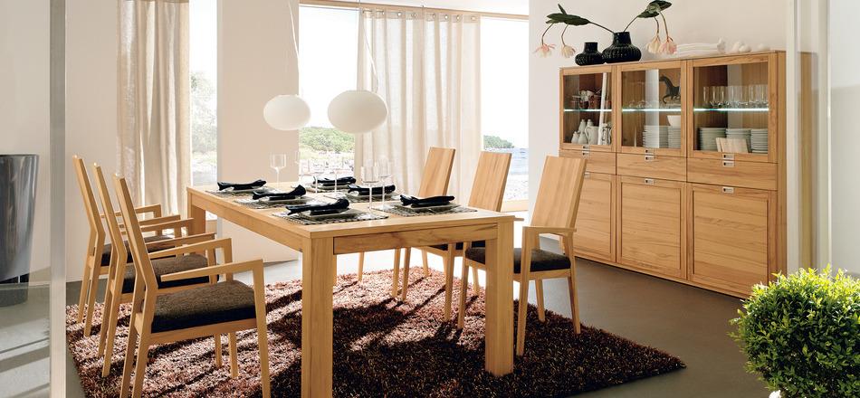Wedo thiết kế nội thất phòng ăn đơn giản và tinh tế với gỗ tự nhiên