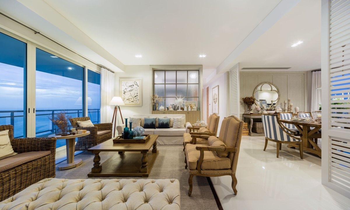 Wedo thiết kế nội thất phòng khách sang trọng cho căn hộ bên bờ biển