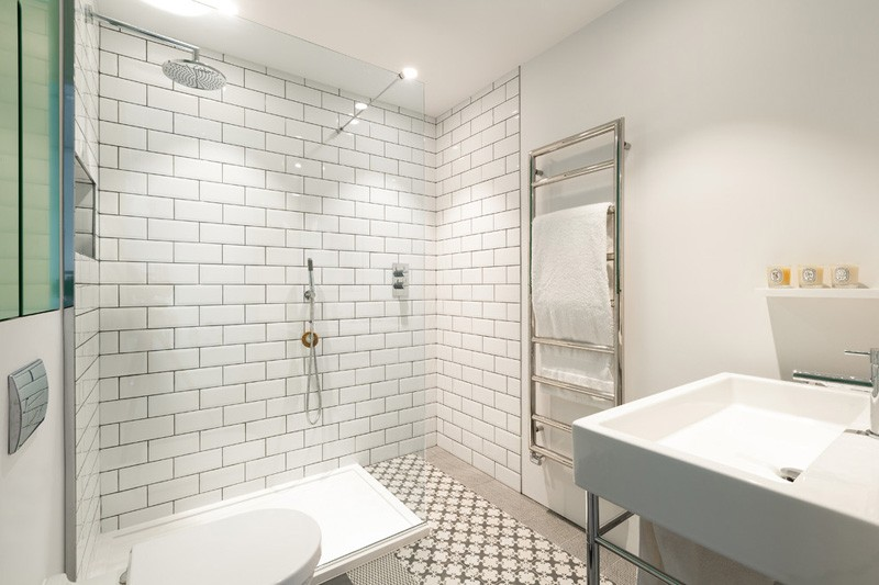 Wedo thiết kế nội thất phòng tắm hiện đại từ không gian côn nghiệp