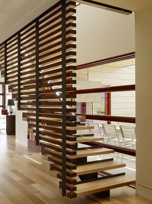 Wedo thiết kế cầu thang gỗ hiện đại cho nhà sang trọng, thanh lịch hơn