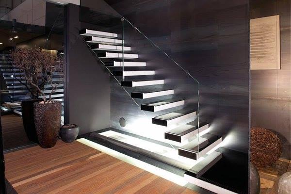 Wedo thiết kế cầu thang hiện đại, sang trọng cho biệt thự, nhà phố