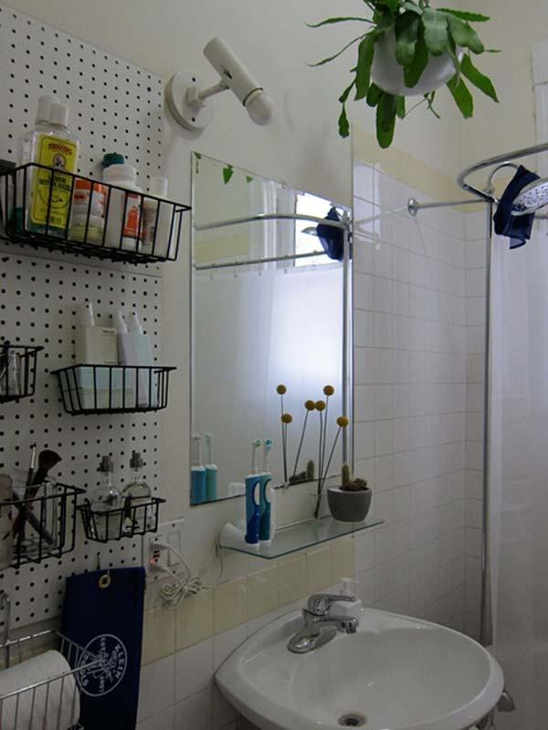 Tăng lưu trữ cho phòng tắm nhỏ với ý tưởng của wedo 14