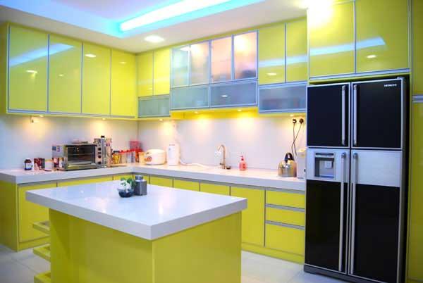 Wedo thiết kế nội thất đáng yêu và tươi mát cho nhà bếp với màu xanh lá cây và đá tự nhiên