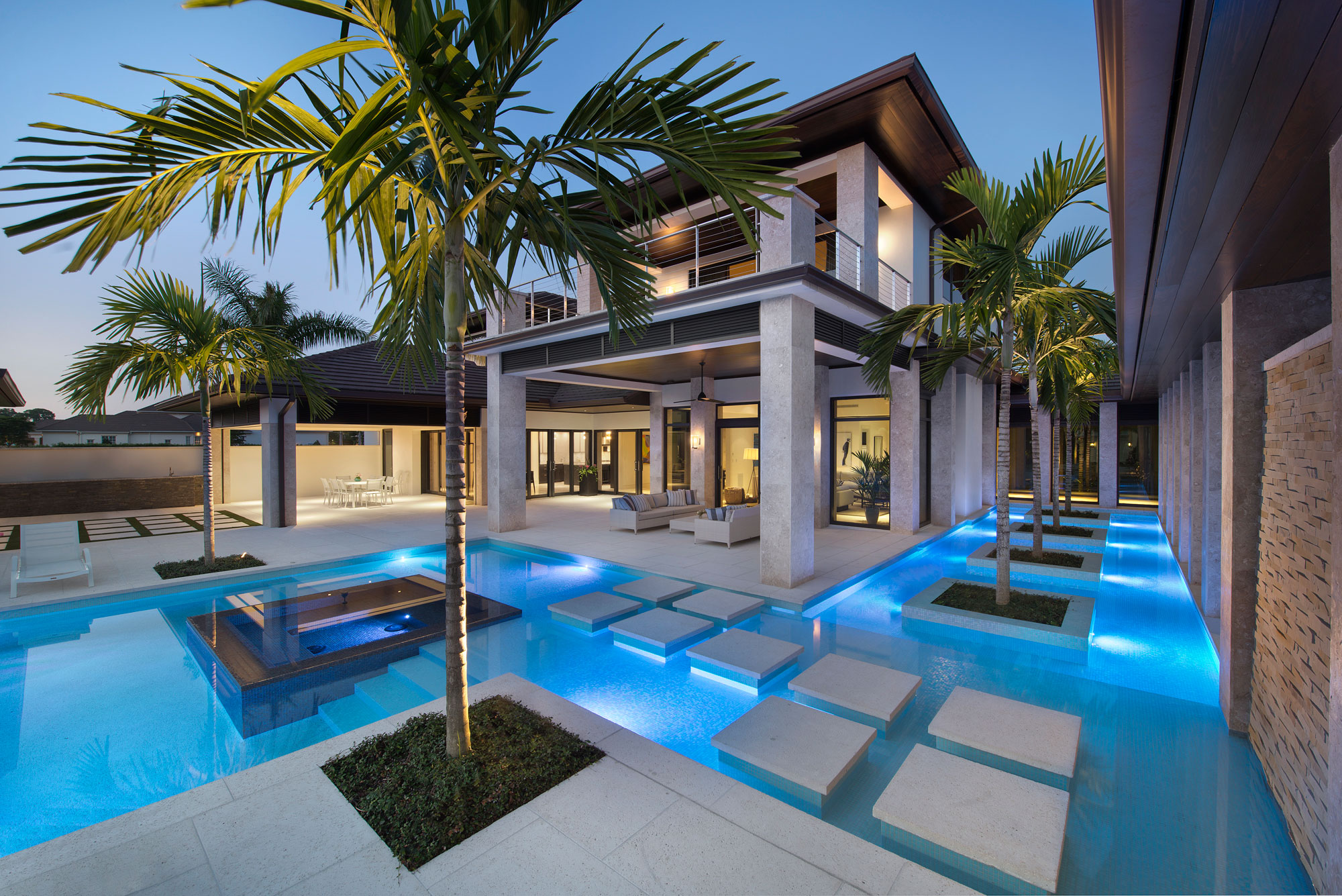 Wedo thiết kế ngoại thất, bể bơi sang trọng cho biệt thự nhà vườn