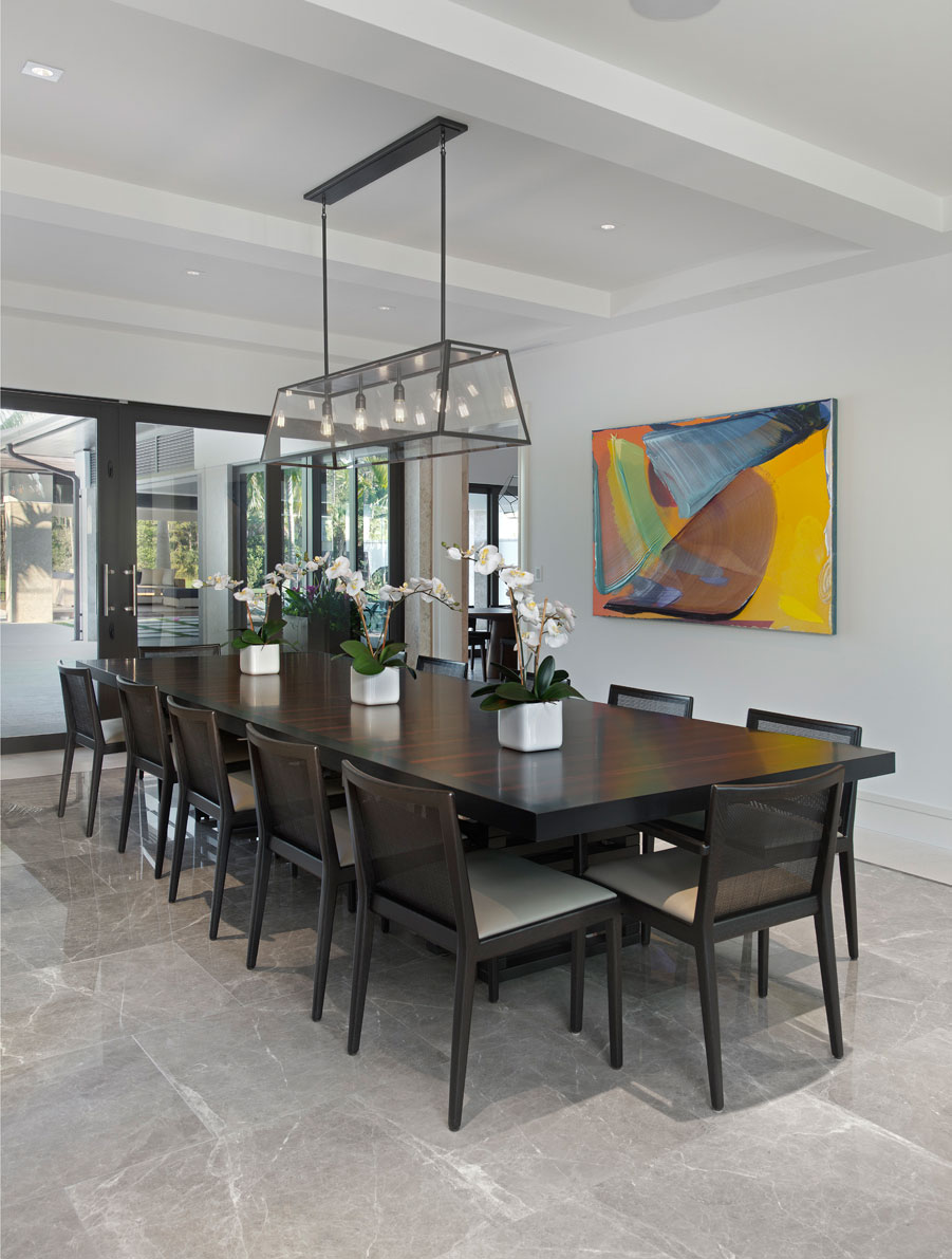 Wedo thiết kế nội thất phòng ăn sang trọng và đẳng cấp cho biệt thự