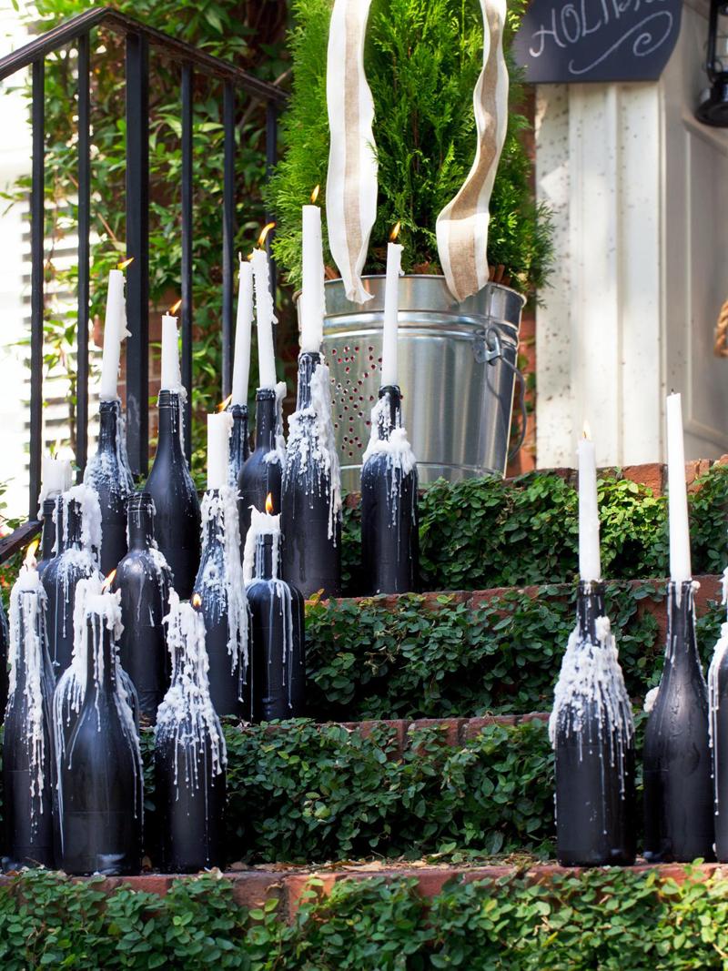 Wedo tư vấn trang trí nhà đẹp với bình hoa bằng vỏ chai rượu cũ