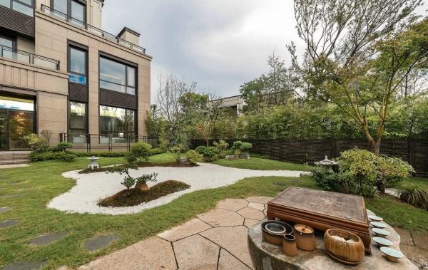 thiết kế tiểu cảnh sân vườn sau đẹp cho biệt thự