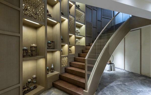 thiết kế cầu thang biệt thự sang trọng mang phong cách của những năm 80