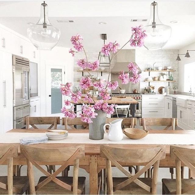 Wedo tư vấn ý tưởng thiết kế phòng ăn đẹp với gỗ tự nhiên