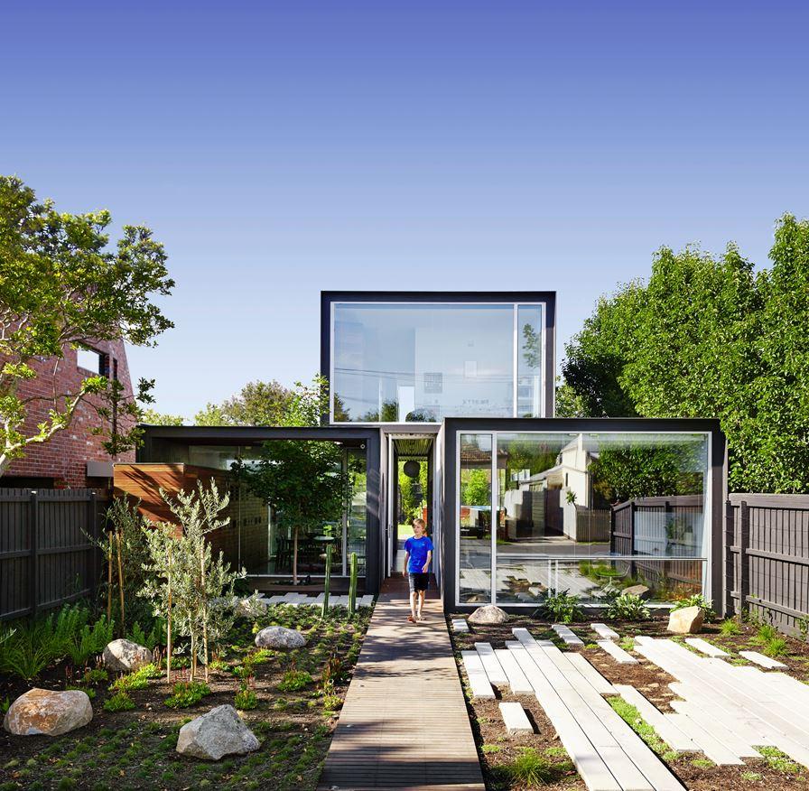 thiết kế ngoại thất cho không gian kiến trúc nguyên khối mở nhỏ