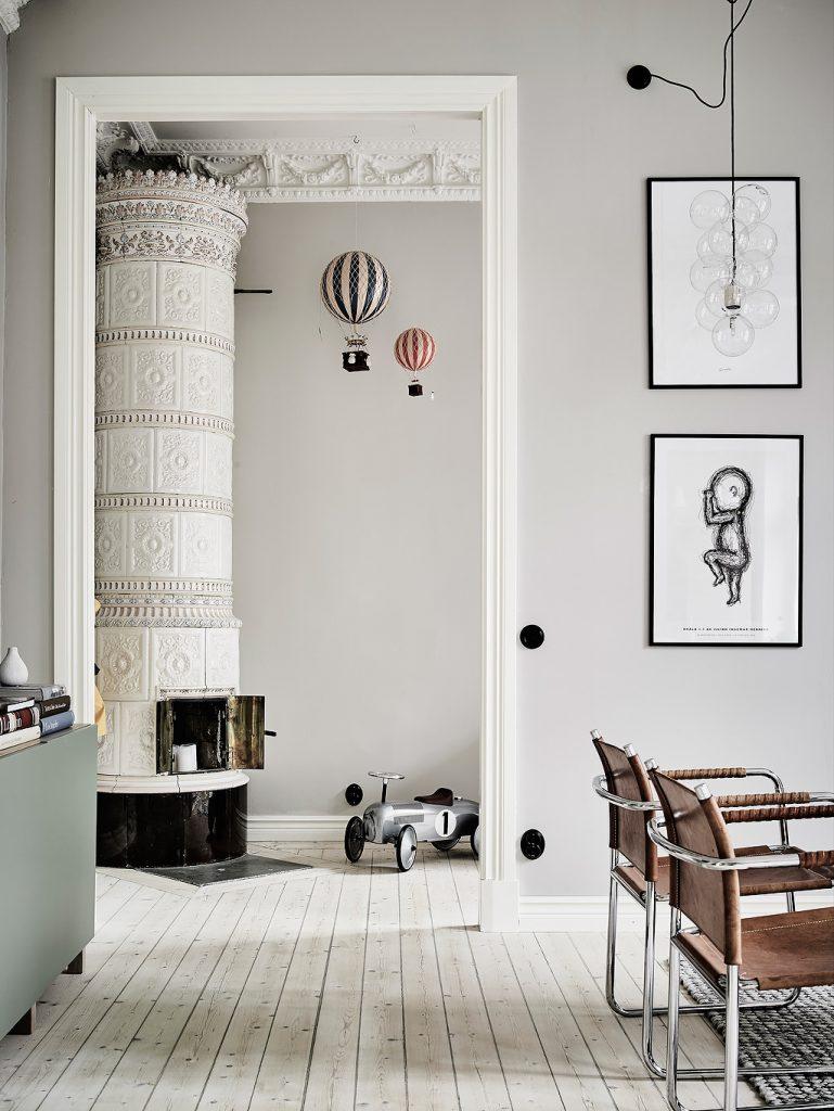 nội thất nhà đẹp với hai màu xám trắng.