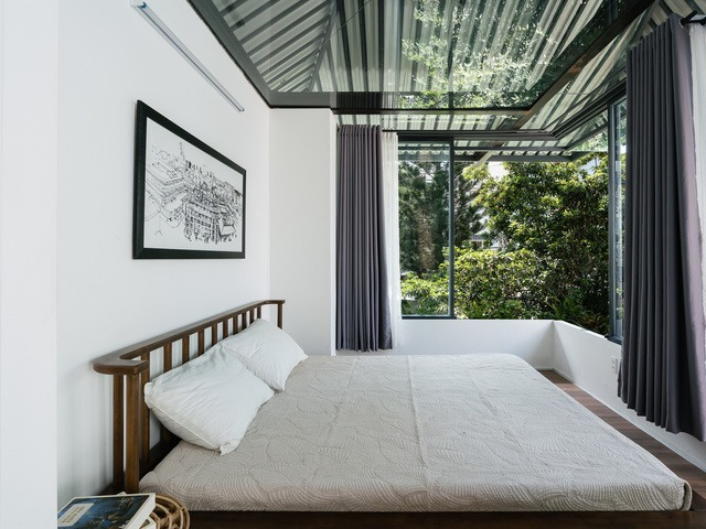 [Ảnh] Thiết kế đặc biệt giúp ngôi nhà ở TP HCM chống lại nắng nóng - Ảnh 12.