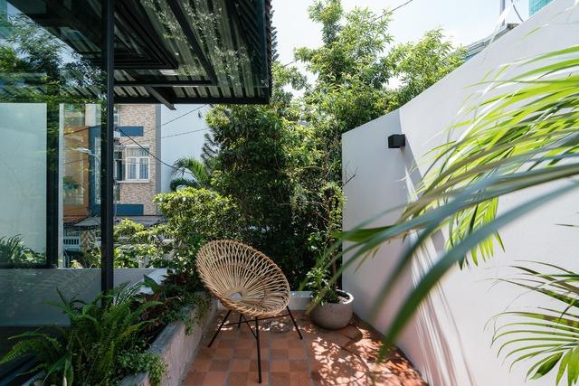[Ảnh] Thiết kế đặc biệt giúp ngôi nhà ở TP HCM chống lại nắng nóng - Ảnh 3.